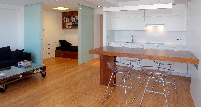 Reforma interior de vivienda en plaza de espa a a coru a for Interiores de viviendas